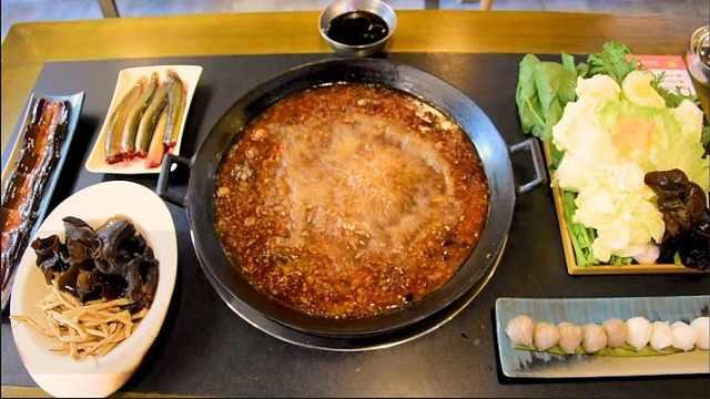 老火锅店子承父业,食客从小吃到大
