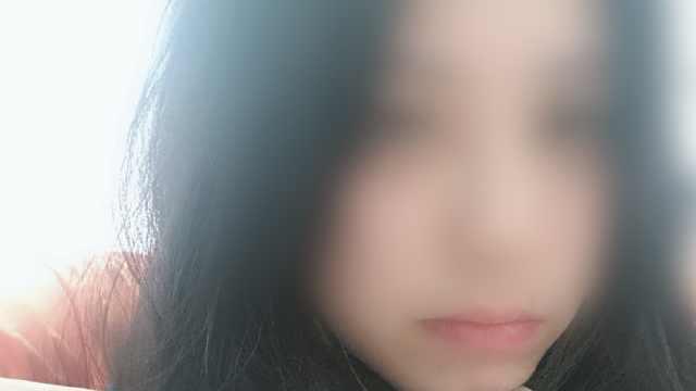 警方通报女孩吞药轻生:已介入调查