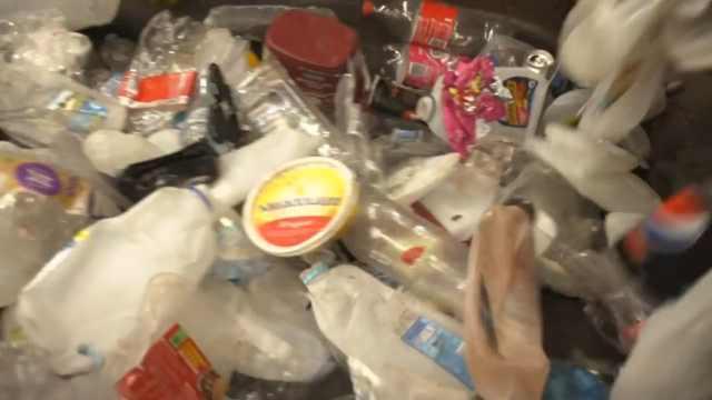 澳塑料回收新突破:将塑料转化为油