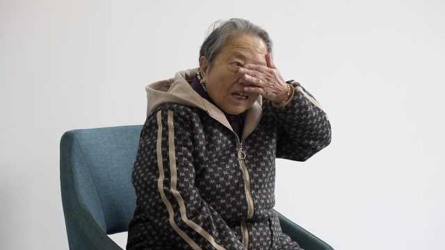 幸存者石秀英:父亲系鞋带时被杀害