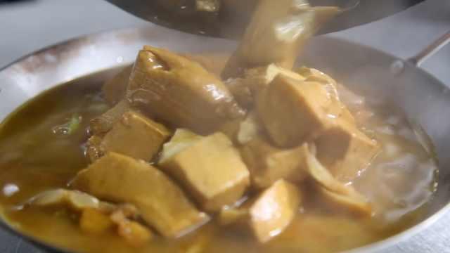 豆腐世家三代相传,石磨用了120年
