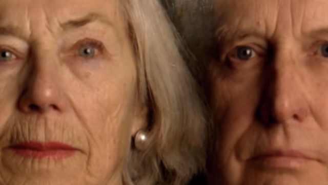 人类并非匀速衰老,三个年龄是拐点
