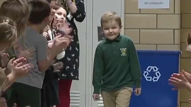 6岁的小男孩打败了白血病!