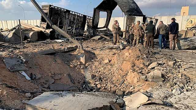 美媒:11名美军在伊朗袭击中受伤