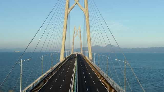 港珠澳大桥建设者唱响《我的祖国》