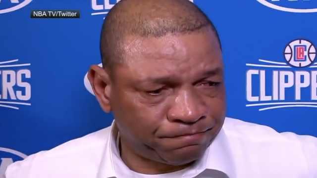 止不住泪流!NBA悼念科比:记忆永存