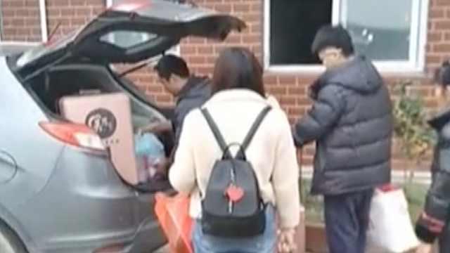 企业派专车接外省员工:返程更安全