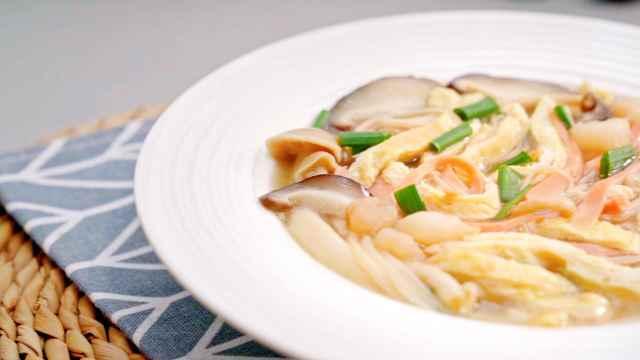 三鲜菌菇汤,简单美味,鲜掉眉毛