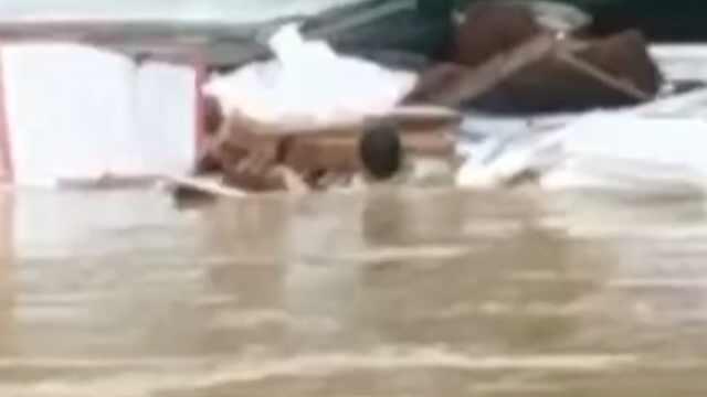 广州暴雨货车司机救人溺亡,被救者家属:心里很过意不去