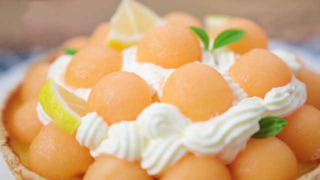 夏日必备甜品哈密瓜派,清爽可口,甜而不腻