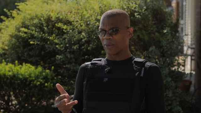 专访美国黑人武装组织首领:不认同黑命贵运动,他们被煽动了