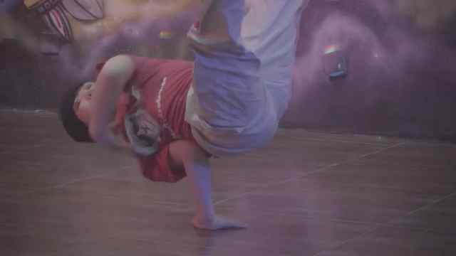 这个红遍街舞圈的小BOY梧桐