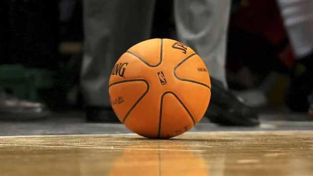 48名NBA球员新冠检测呈阳性,未大规模感染新赛季不会取消