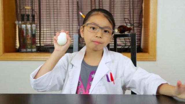 儿童趣味实验:鸡蛋与塑料瓶