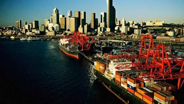 贸易顺差和贸易逆差是什么意思?