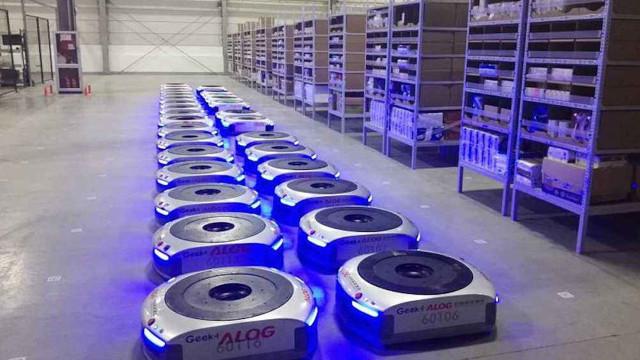 中国智能物流机器人首次进入日本