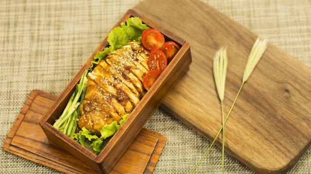 日式凉拌鸡,零厨艺5分钟搞定