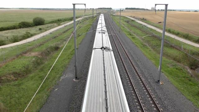 中国最快高铁,北京到武汉30分钟!