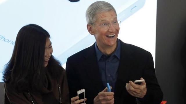 iPhone X尴尬刘海恶搞