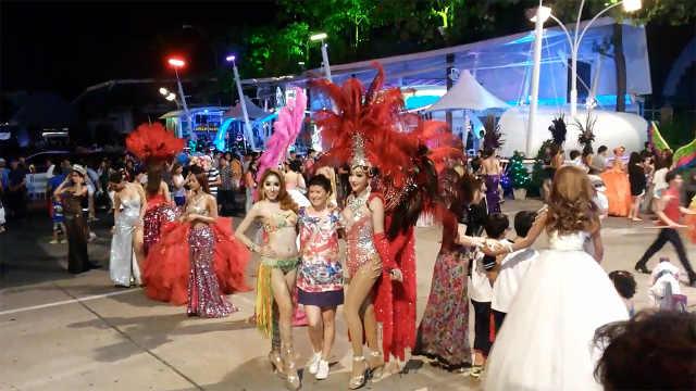 泰国旅行必游景点,人妖会唱华语歌