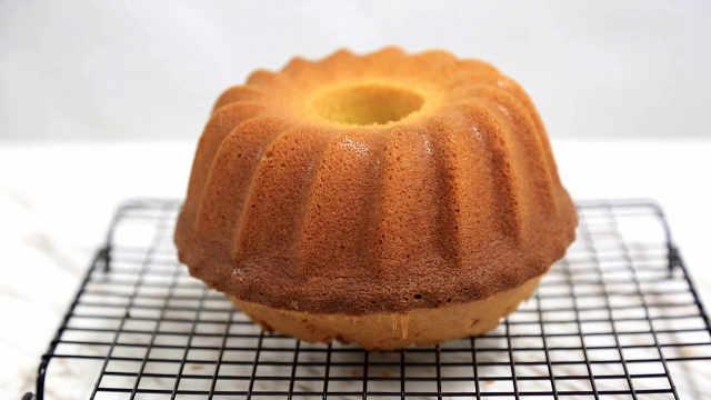 柠檬戚风蛋糕:佛系让蛋糕失败?