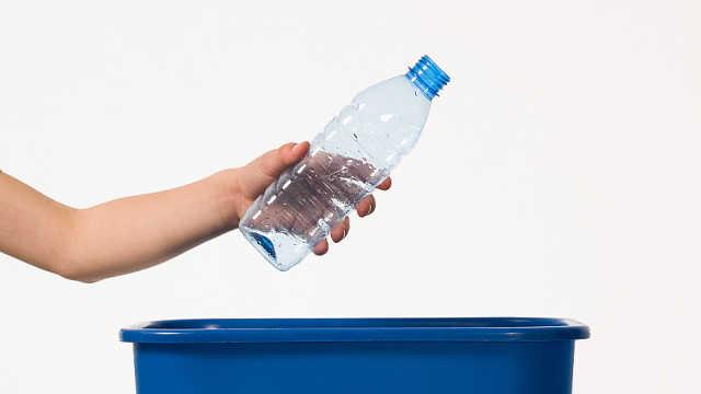 塑料瓶用完别扔,动手秒变调味罐