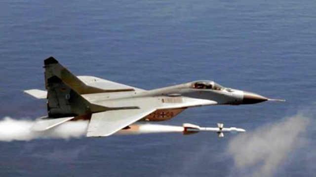 震慑西方的神机米格-25
