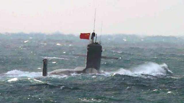 中国核潜艇高调进入钓鱼岛