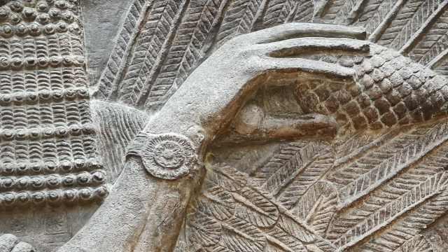 伊拉克亚述未解之谜,古代人戴手表