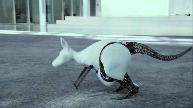 逼真的仿生机器人完美还原各种生物