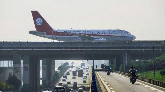 飞机那么重,究竟靠什么飞上天?