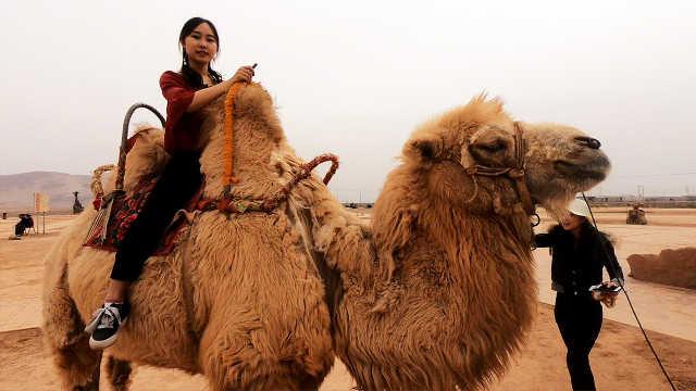 新疆火焰山:《西游记》拍摄地