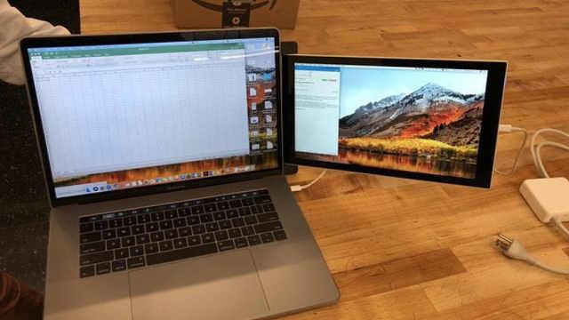 嫌笔记本屏幕太小双屏笔记本见过没