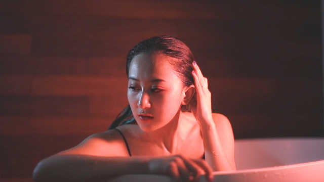 蔡欣桐演绎一首热血沸腾经典英文歌