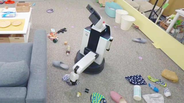 来看看日本发明的清洁机器人