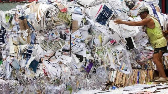 堆积如山的外国洋垃圾都去哪了?