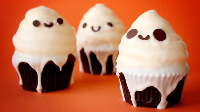 可爱的小幽灵蛋糕