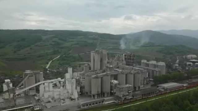 洋垃圾流向罗马尼亚,附近农民得癌