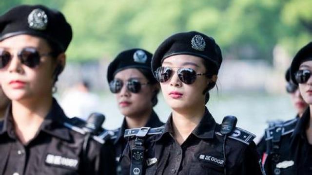 G20峰会女子巡逻队现身西湖