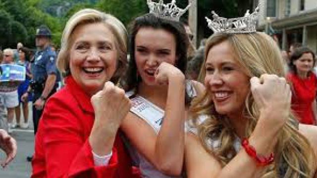 女性眼中的希拉里总统之路是怎样的