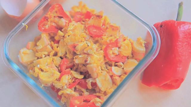 蟹肉棒红椒炒蛋