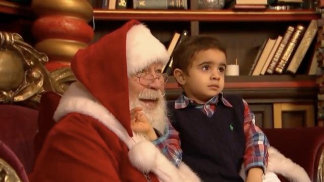 暖心!圣诞老人走进自闭症儿童世界