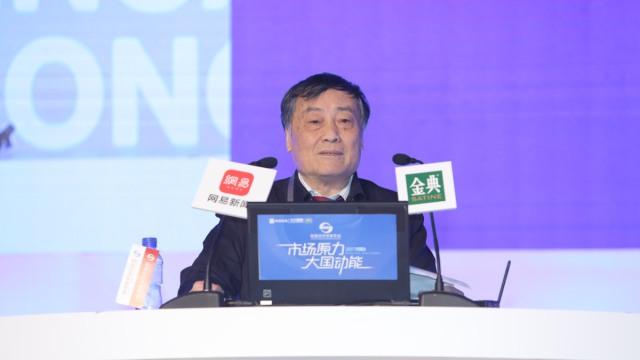 宗庆后声援董明珠:做强实体经济