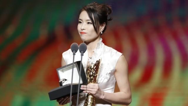 最佳女运动员奖,吴敏霞完美退役