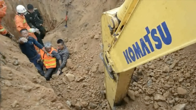 惊悚!施工现场二次塌方,救援者被埋