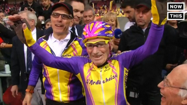 105岁老爷爷创造自行车骑行历史