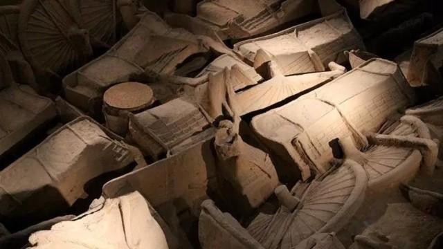 小竹签、细毛刷,绣花式挖掘春秋墓
