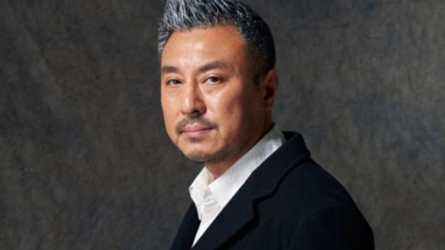 他是中国戏剧三十年见证者