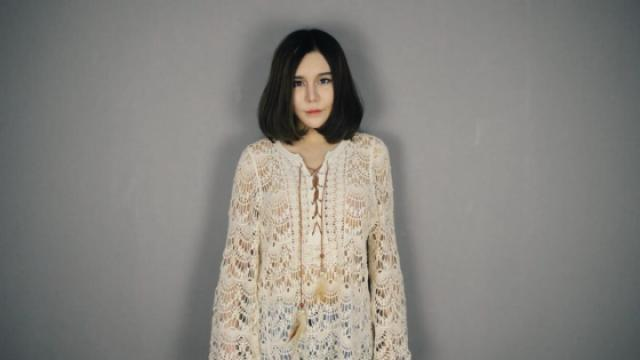歌手宋艾珊,翻唱日本歌曲《樱花》