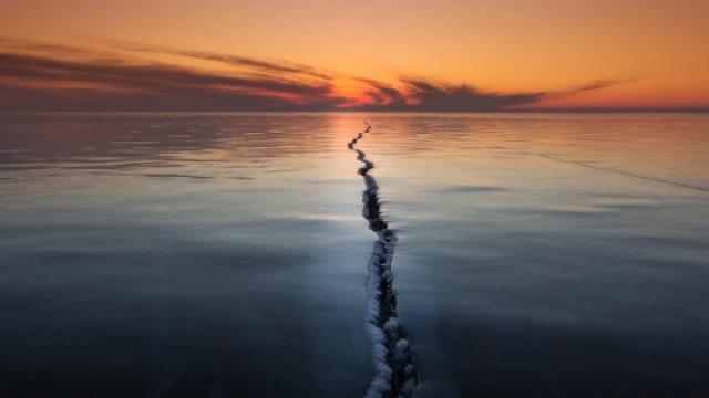 全世界最美的裂缝就在李健的歌里?